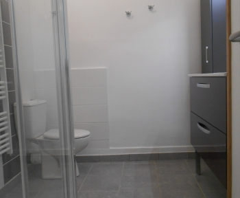 Location Appartement 2 pièces  () - Proche centre-ville et gare